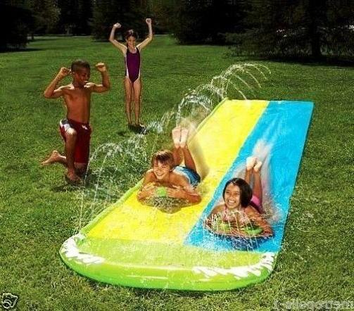 WHAM-O KIDS 16 FT DUAL RACING WATER SLIDE,2 BODY BOARDS,BUMP